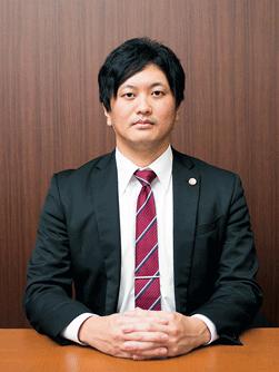 弁護士江藤豊史