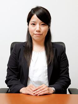 弁護士向井智絵
